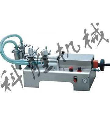 用磁簧开关控制气缸的行程,即可调节灌装量.