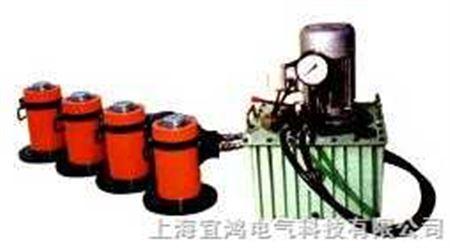 应用 液压千斤顶结构紧凑,工作平稳,有自锁作用,故使用广泛,主要用于
